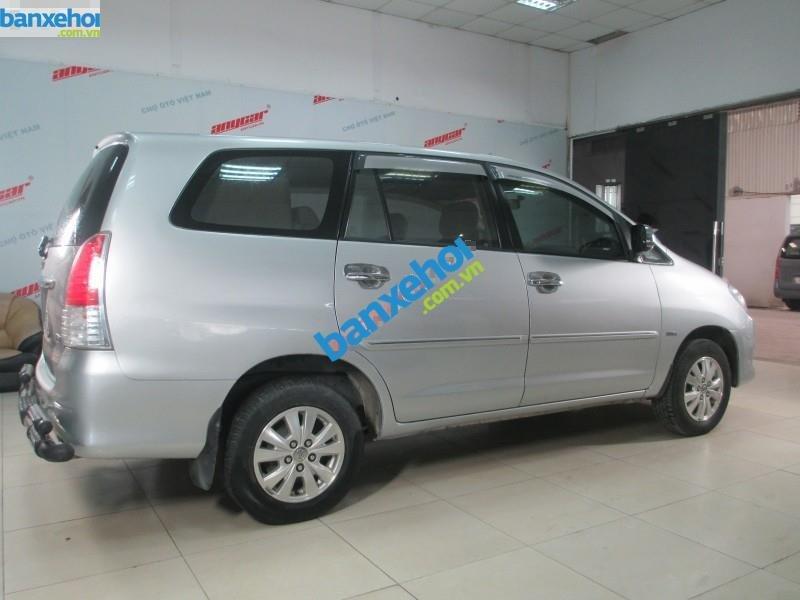 Xe Toyota Innova G 2.0 MT 2010-3