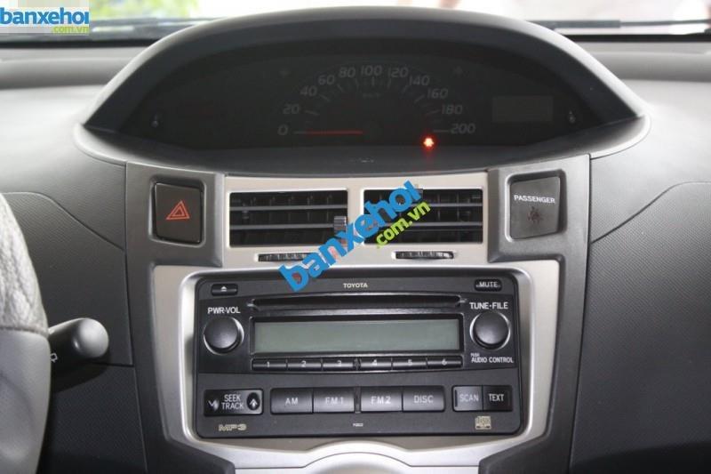 Xe Toyota Yaris  2010-9