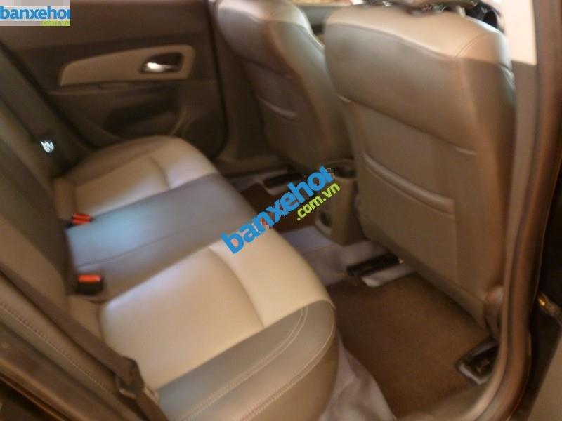 Xe Chevrolet Cruze LS 2011-4