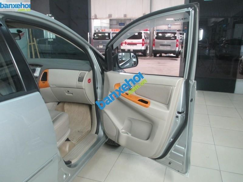 Xe Toyota Innova G 2.0 MT 2010-8