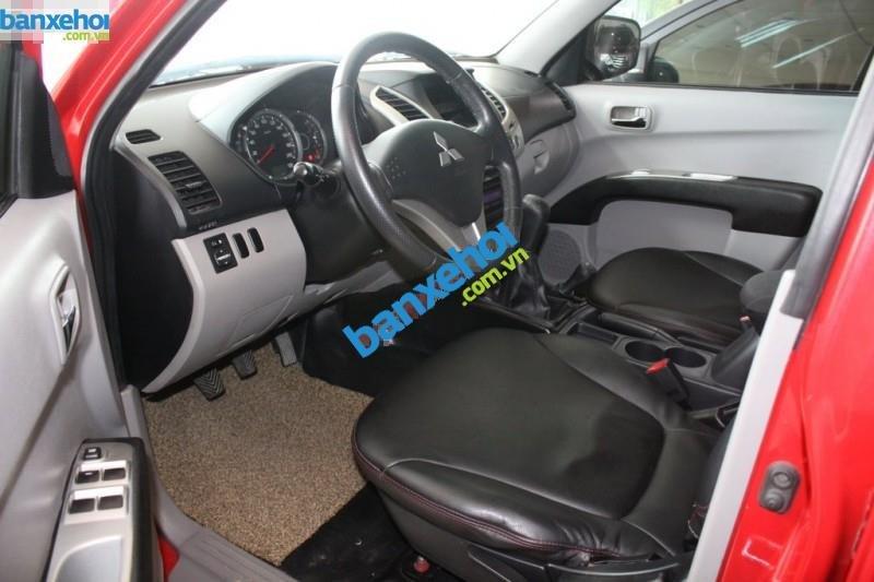 Xe Mitsubishi Triton  2011-5