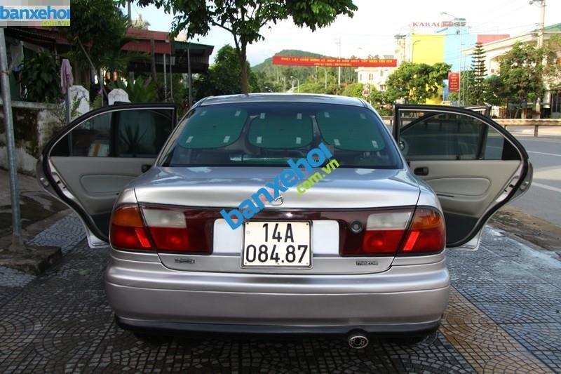 Xe Mazda 323  2000-3