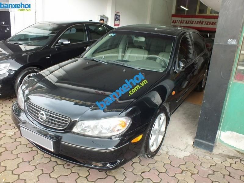 Cần bán xe Nissan Cefiro năm 2004, màu đen, 395 triệu-1