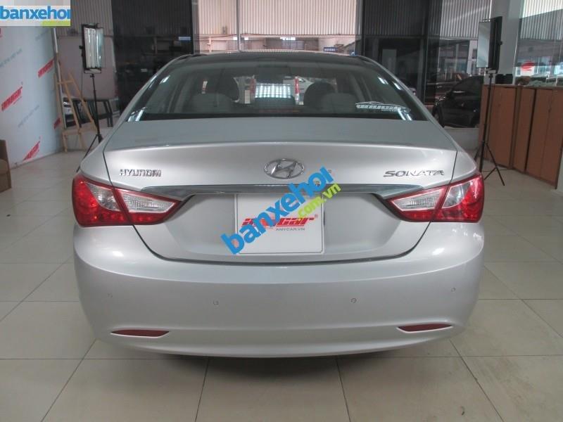 Xe Hyundai Sonata 2.0 AT 2010-4
