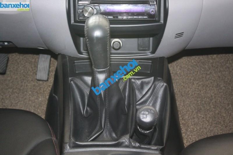 Xe Mitsubishi Triton  2011-7