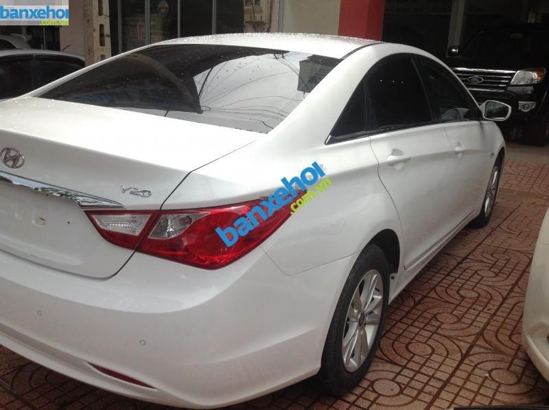 Xe Hyundai Sonata Y20 2.0MT 2010-3