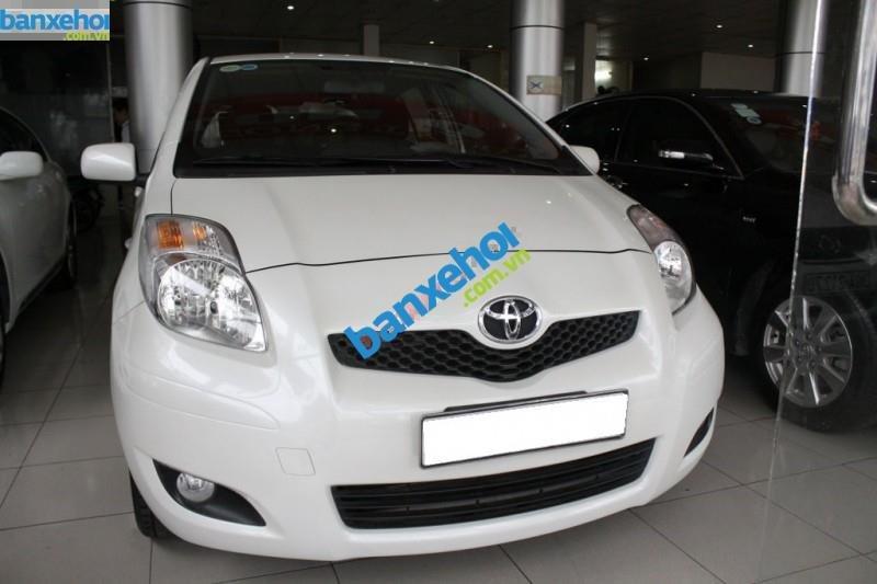 Xe Toyota Yaris  2010-1