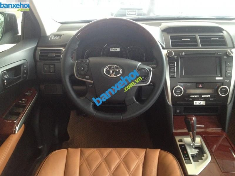 Xe Toyota Camry 2.5 Q 2014-4