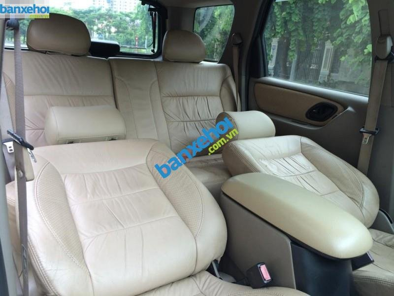 Xe Ford Escape 3.0 2002-7