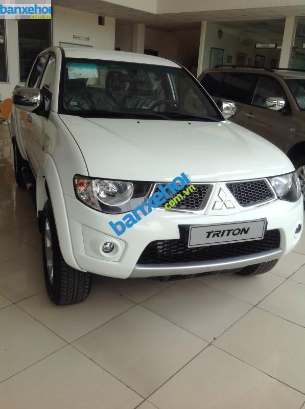 Xe Mitsubishi Triton GLS MT 2014-0