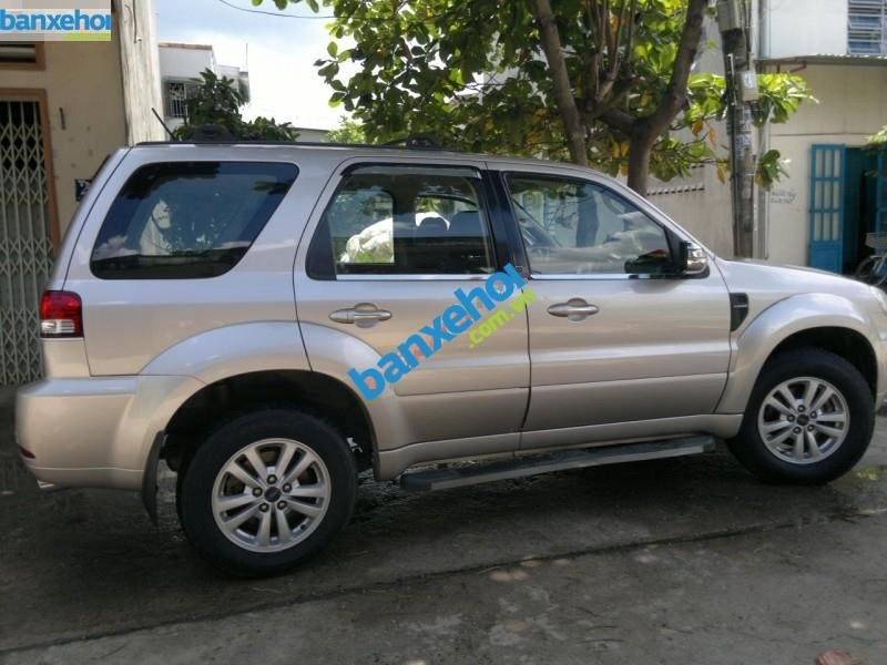 Xe Ford Escape 2.3 AT 2009-4