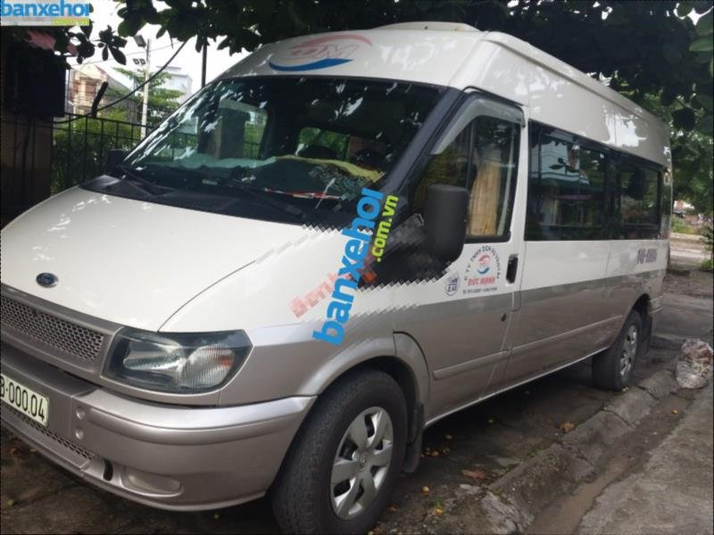 Xe Ford Transit  2005-1
