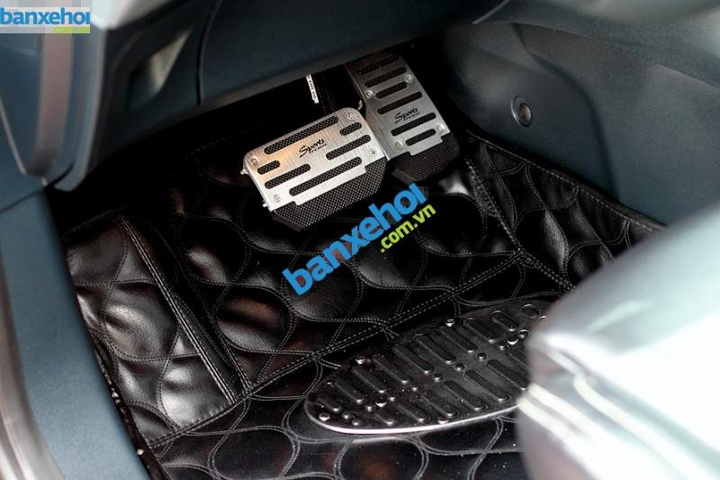 Xe Ford Fiesta S 2011-5