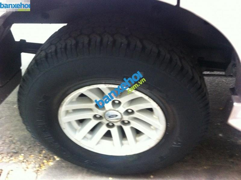 Xe Ford Everest  2005-3