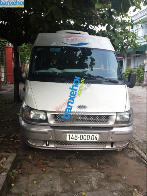Xe Ford Transit  2005-3