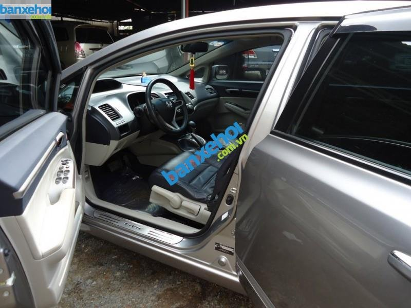 Xe Honda Civic 2.0AT 2009-2
