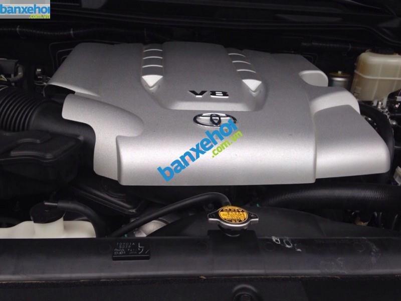 Xe Toyota Land Cruiser VX V8 2011-3