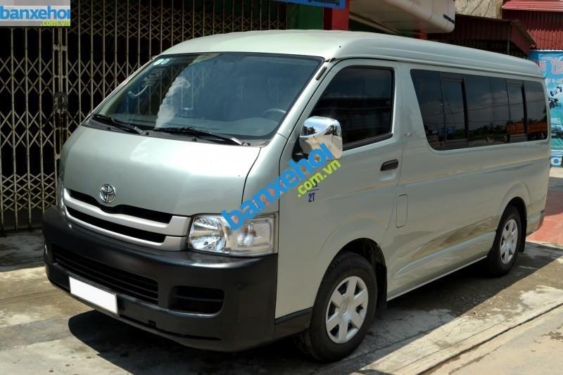 Xe Toyota Hiace  2009-0