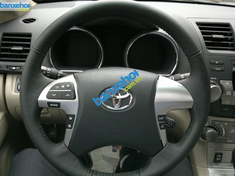 Xe Toyota Highlander SE 2011-4