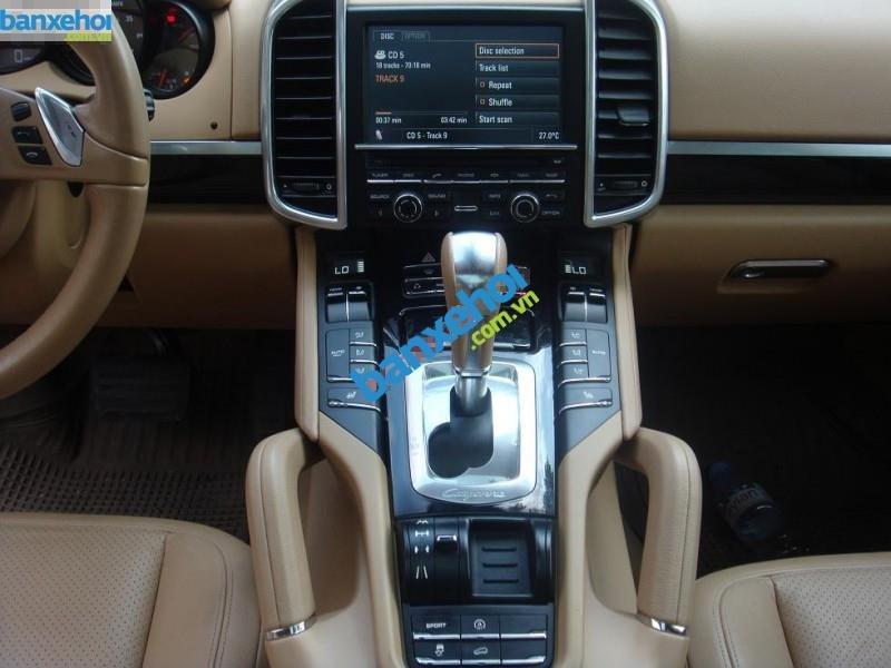 Xe Porsche Cayenne  2011-7