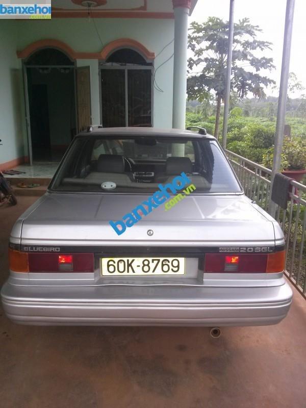 Xe Nissan Bluebird GLX Trước 1990-2