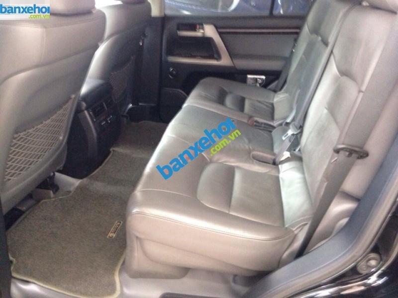 Xe Toyota Land Cruiser VX V8 2011-2