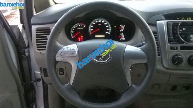 Xe Toyota Innova G 2013-3