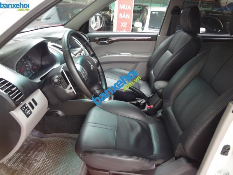 Xe Mitsubishi Pajero Sport AT 2012-2