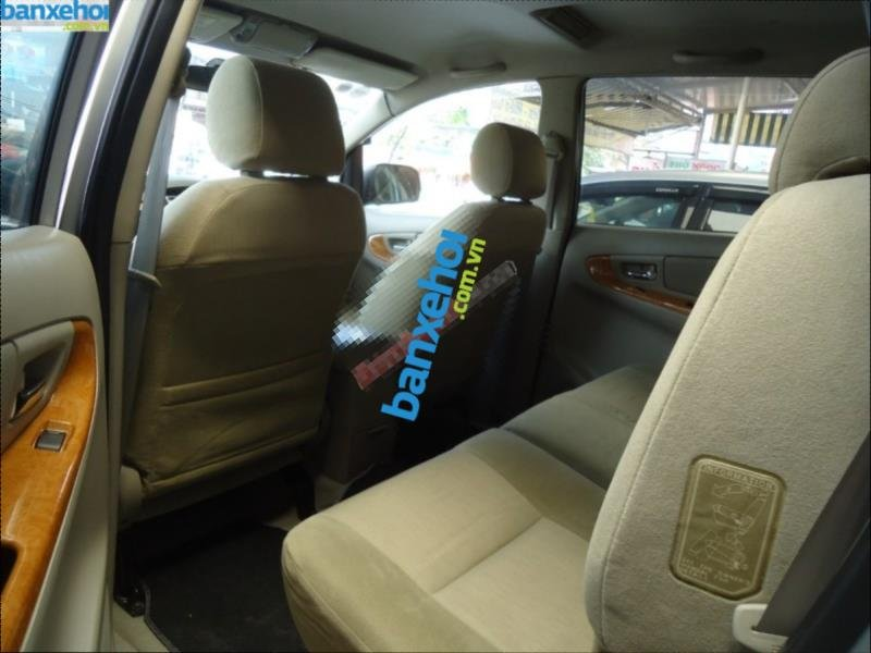 Xe Toyota Innova G 2009-9