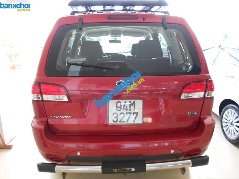 Xe Ford Escape XLS 4x2 AT 2010-3