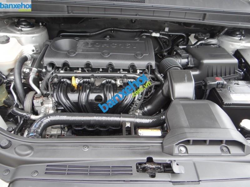 Xe Kia Carens 2.0 2009-9