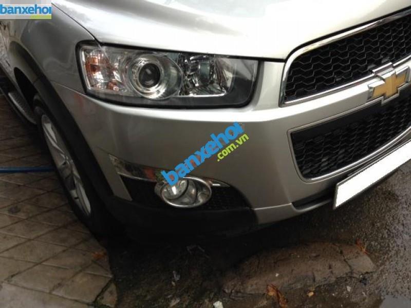 Xe Chevrolet Captiva LTZ 2013-3