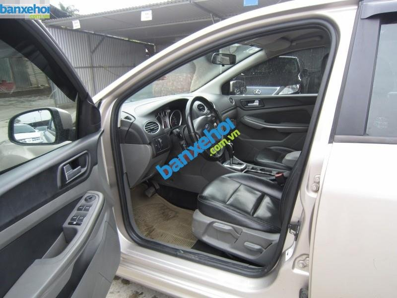 Xe Ford Focus  2009-2