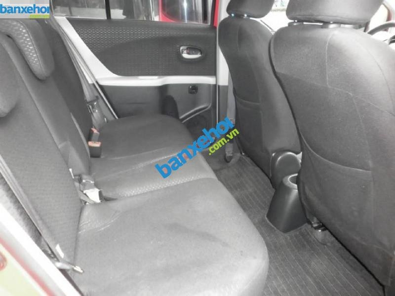 Xe Toyota Yaris 1.3 AT 2010-6