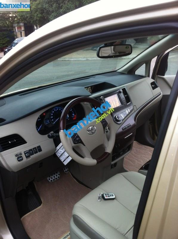 Xe Toyota Sienna 3.5 Limited 2010-7