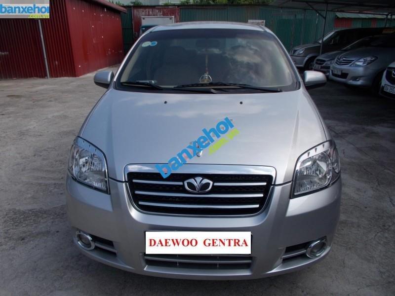 Xe Daewoo Gentra 1.5 2011-4