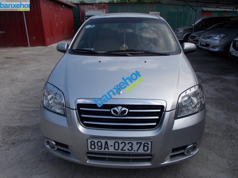 Xe Daewoo Gentra  2011-0