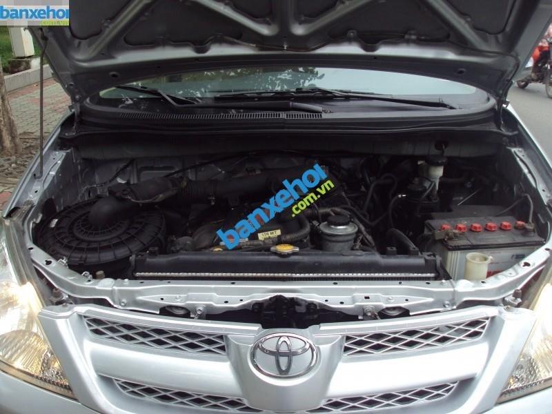Xe Toyota Innova  2007-9