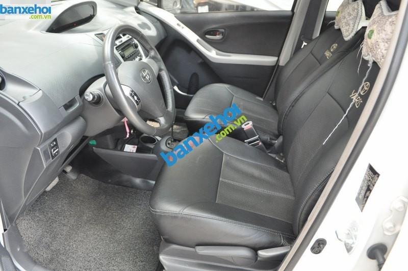 Xe Toyota Yaris  2010-4