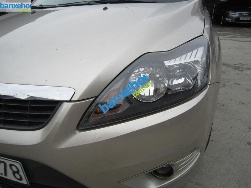 Xe Ford Focus  2009-6
