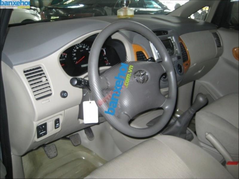 Xe Toyota Innova G 2009-5