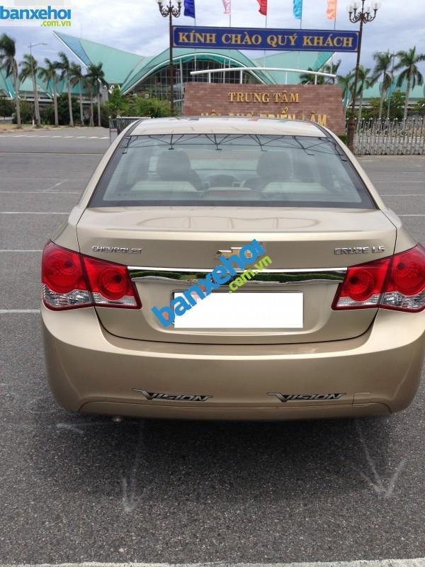 Xe Chevrolet Cruze LS 2012-5