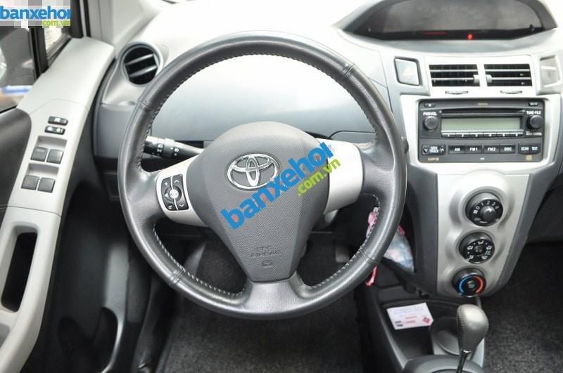 Xe Toyota Yaris  2010-7