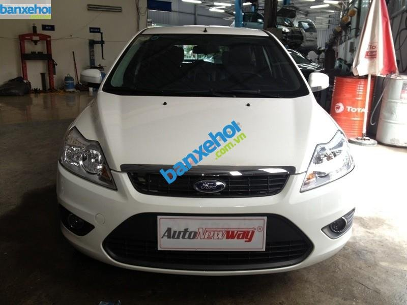 Xe Ford Focus 1.8 AT 2013-0