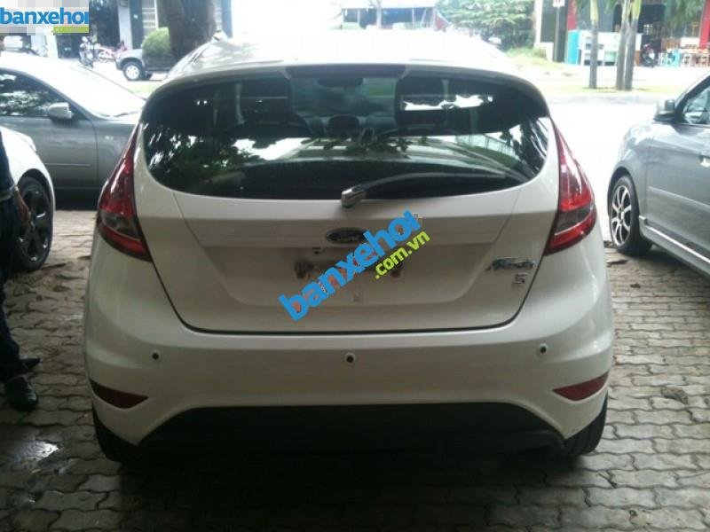 Xe Ford Fiesta 1.6AT 2011-2