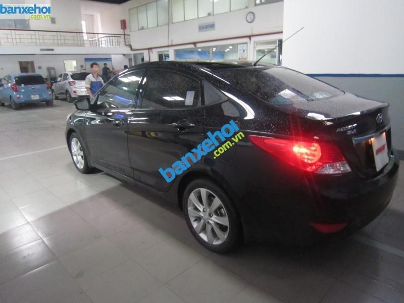 Xe Hyundai Accent 1.4AT 2013-0