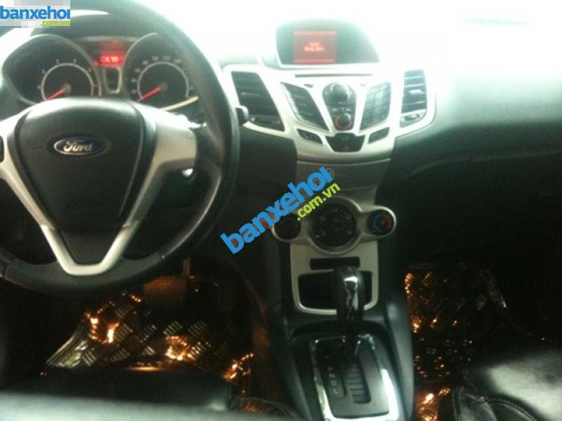 Xe Ford Fiesta 1.6AT 2011-5