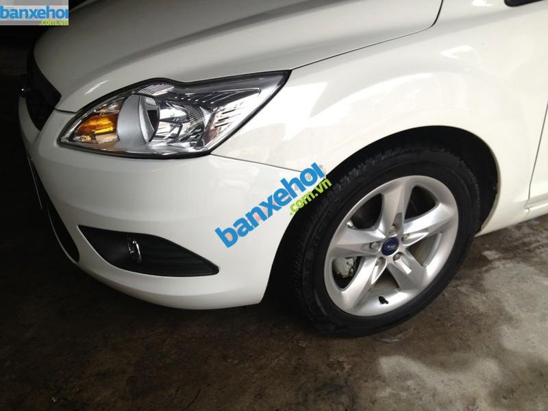 Xe Ford Focus 1.8 AT 2013-3