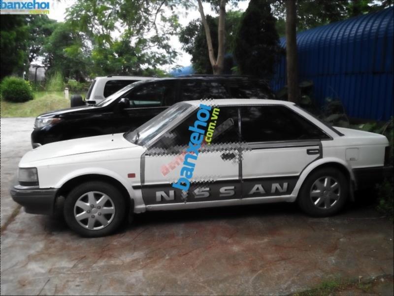 Xe Nissan Laurel Trước 1990-3