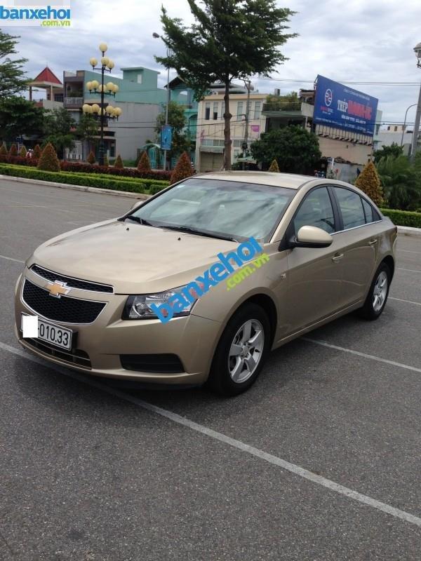 Xe Chevrolet Cruze LS 2012-0